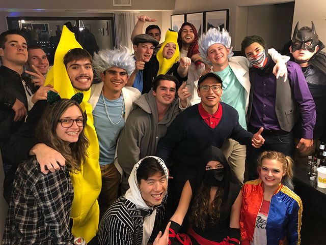 All my friends are wasted 🎃☠️🍌