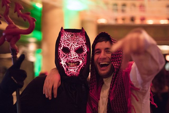 Who's got a party planned for this Halloween? Well I got a mix for ya 😋 Live at @fillmoredetroit LINK IN BIO 🎃 📸 @elitecr2