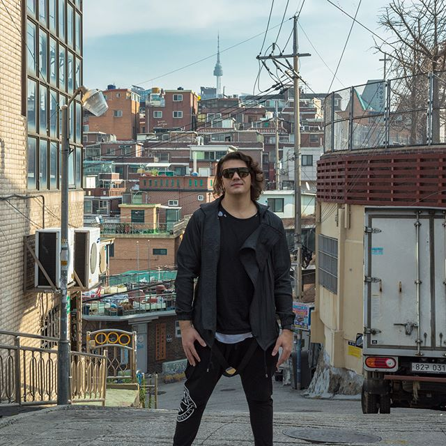 Traveled 14 hours into the future to play music 🎶 📸@elitecr2