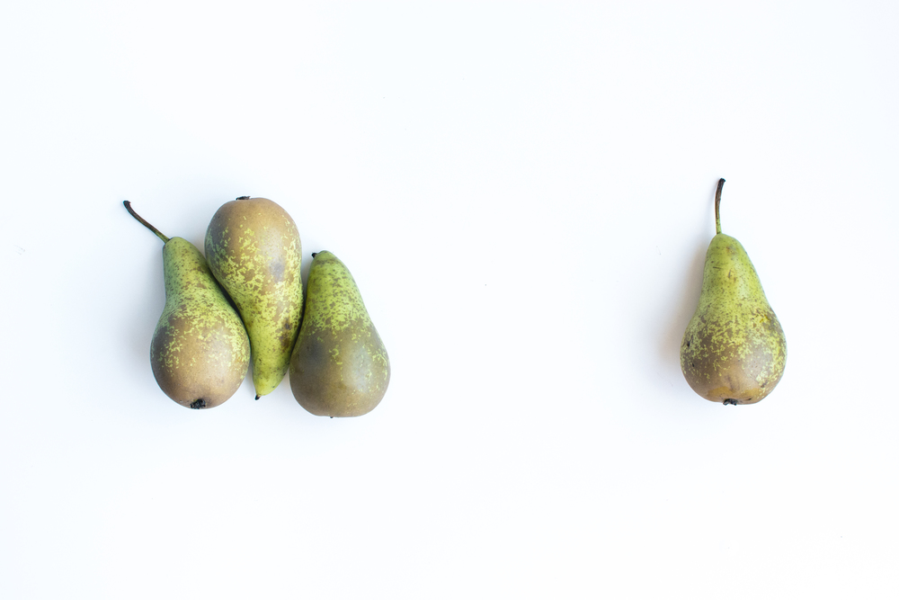 foodiesfeed.com_pears-white-background.jpg