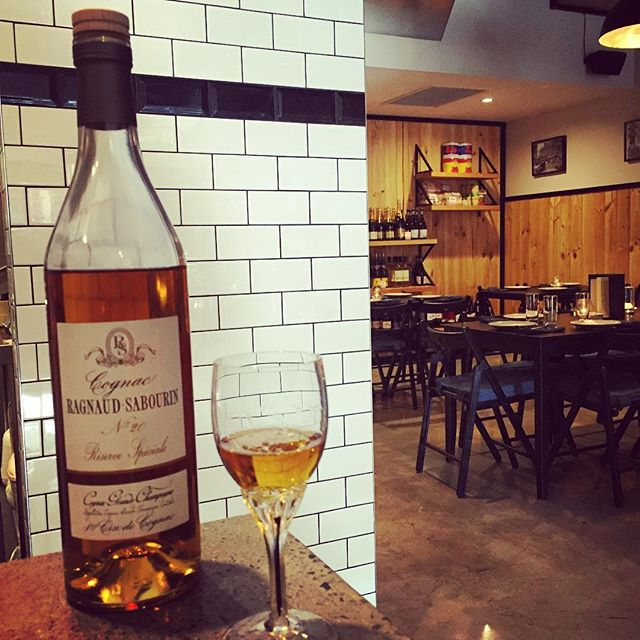 Ragnaud-Sabourin No.20. An incredible Cognac to complete your dining experience. Walk ins and reservations available this evening. #nosetotail #roottoleaves #uniquedining ##ragnaudsaubourin #darbyst #cookshill