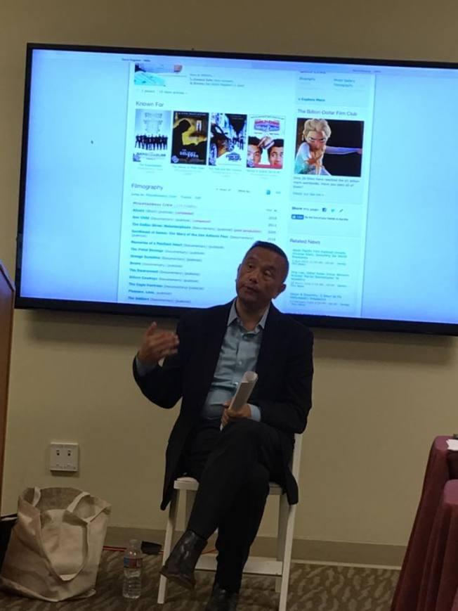 亞太影展主辦人之一David MaGael 介紹影展事項。