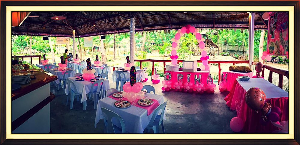 Restaurant with banquet area is available for your special events.