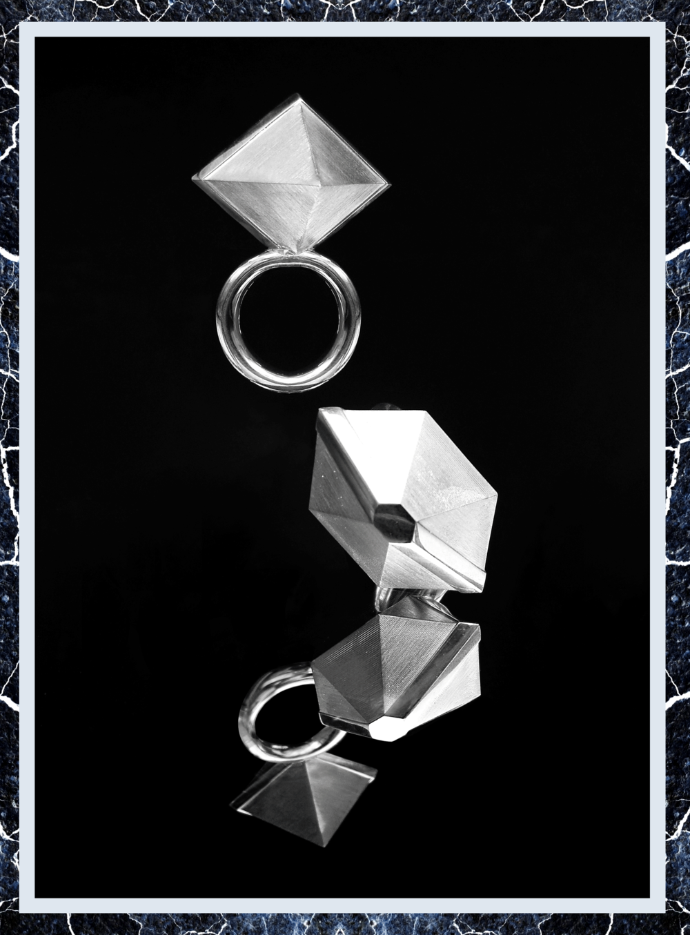 Simone-Brewster-largcrystal--cuboid-silver-id2.png
