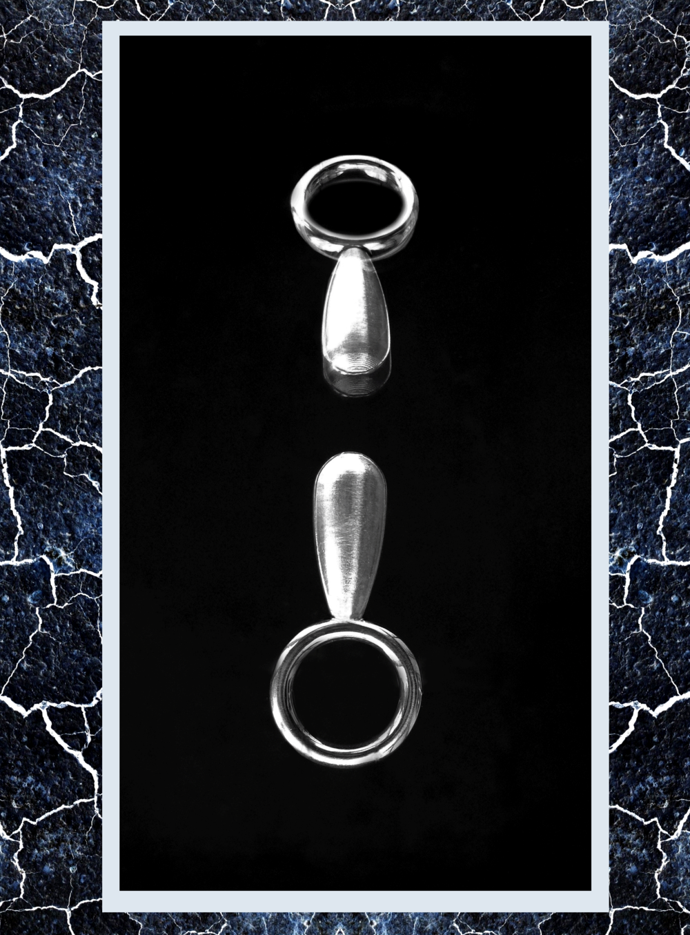Simone-Brewster--long-pearl-silver-id2.png