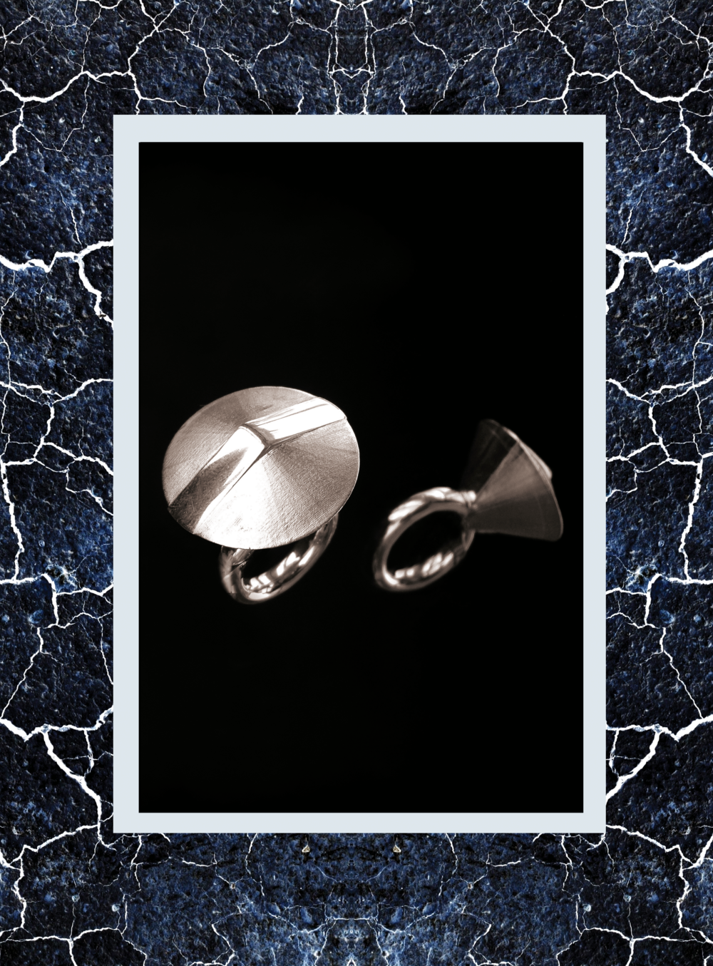 Simone-Brewster-softcrystal-silver-id2.png