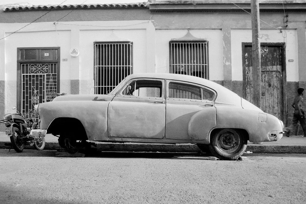 cuba_car_12x8_06.jpg