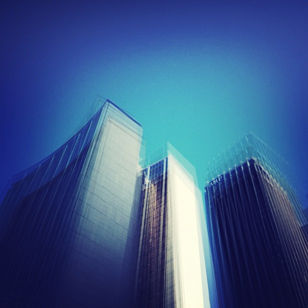 #vertigo #streetphotography #sydney  (Taken with  instagram )
