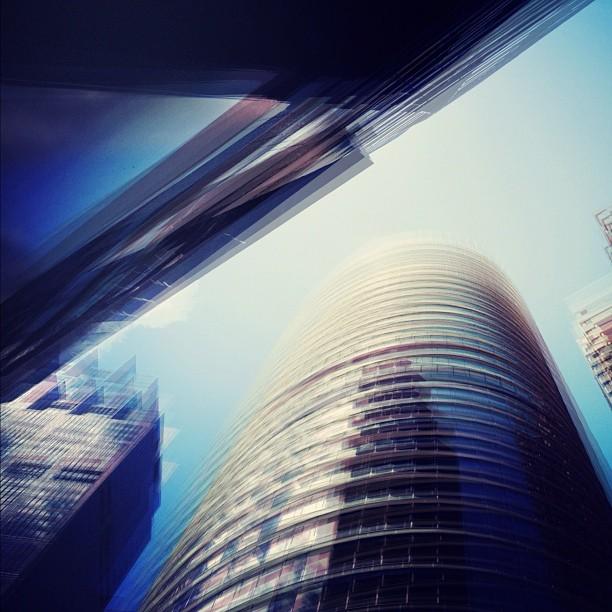 #vertigo #sydney #streetphotography  (Taken with  instagram )