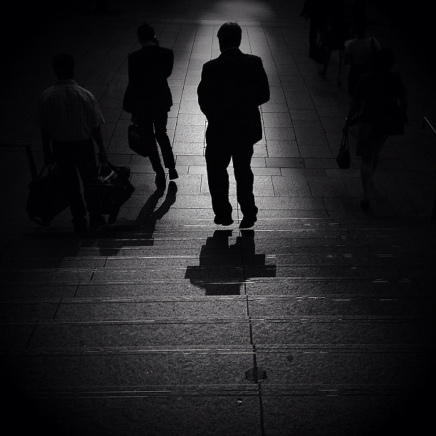 #rushhour #streetphotography #shadows  (Taken with  instagram )