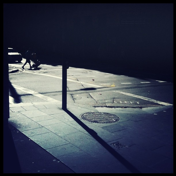 #streetphotography #shadows #Sydney #instasyd  (Taken with  instagram )