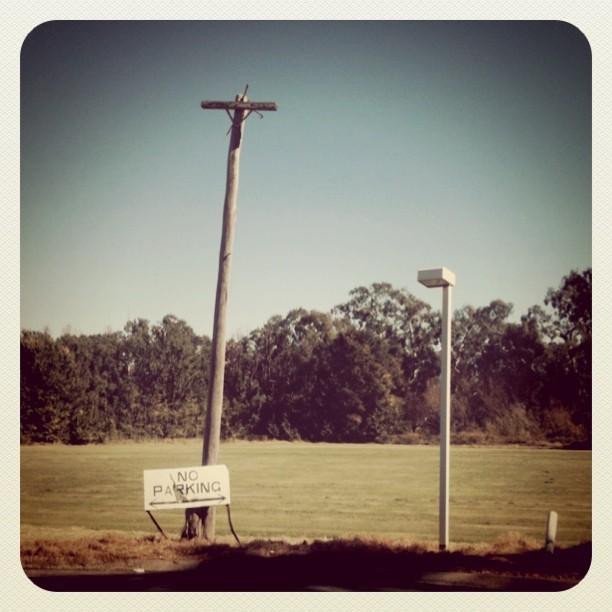 #poles #noparking #roadtrip  (Taken with  instagram )