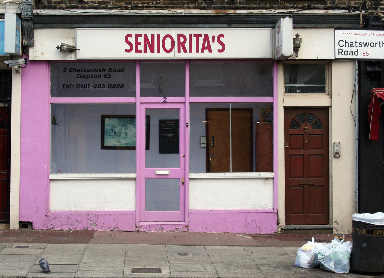 londonshopfronts :    Seniorita's, Chatsworth Road E5