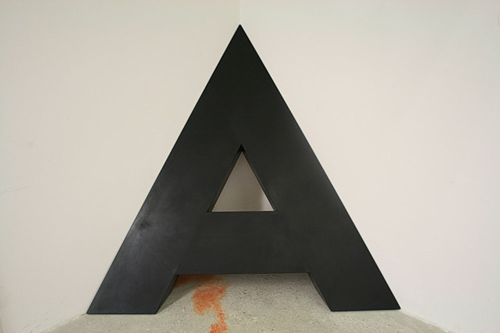 A in the corner, 1968-1976, Wood, polyester, dispersian paint 71, 182 × 172 × 19 cm