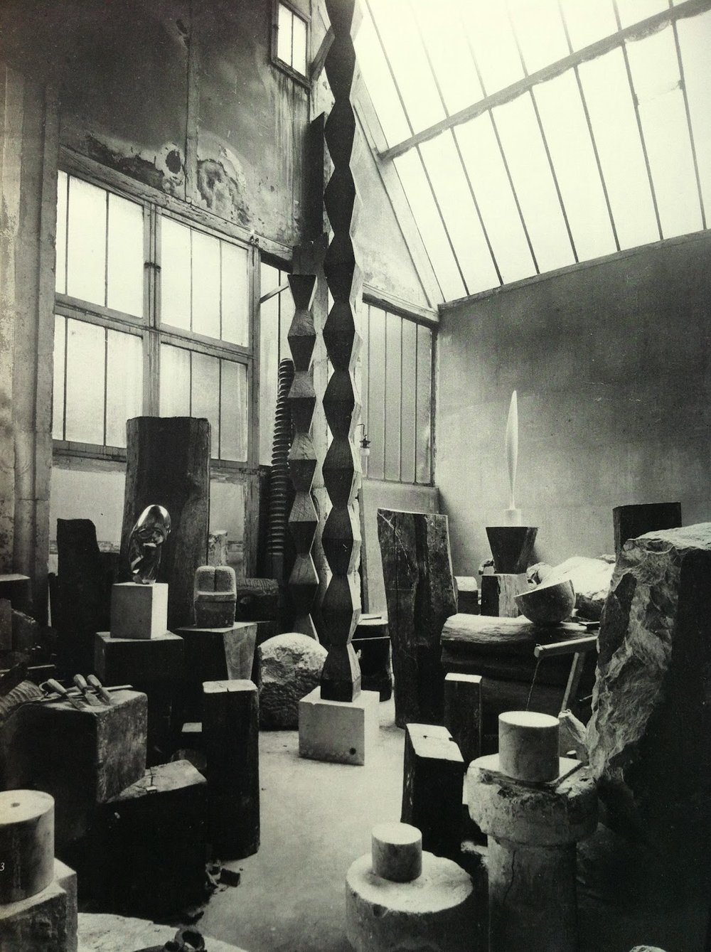 Endless column, 1925