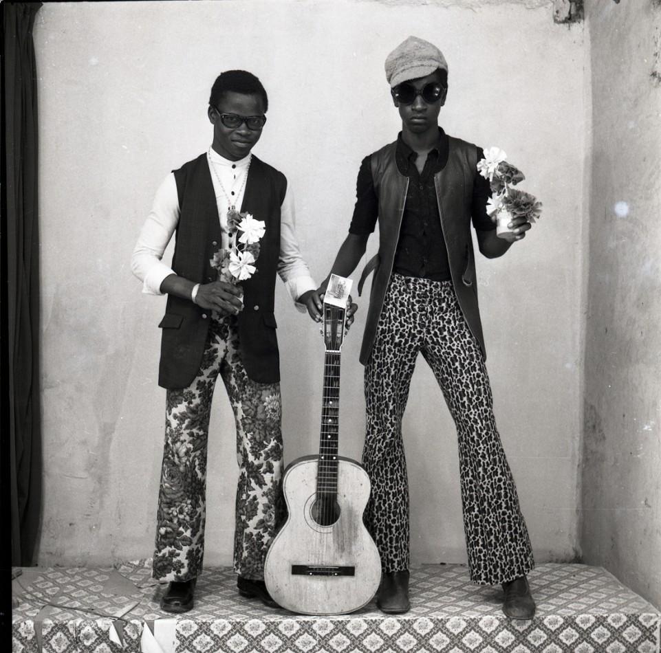 Portraits © Malick Sidibé. Courtesy Galerie MAGNIN-A, Paris