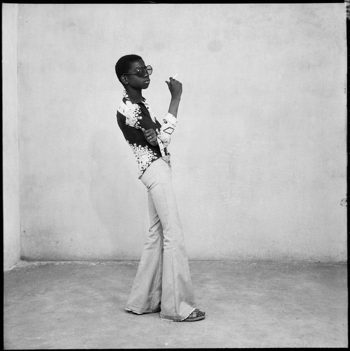 Un Yé-yé en Position, 1963 © Malick Sidibé/Collection Fondation Cartier pour l'art contemporain, Paris
