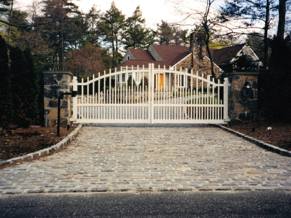 gate-1.jpg