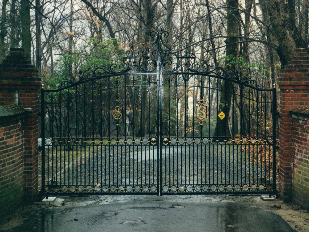 gate-13.jpg