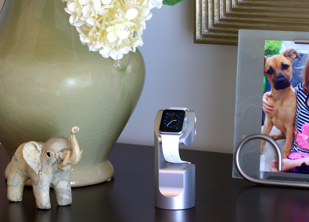 Apple Watch charging stand WATCHTOWER 6