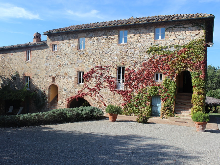 Villa Diana - Close to the famous San Galgano abbey Villa Diana is an intimate, boutique farmhouse which can sleep 23.Read More...