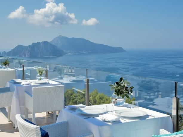 Hotel Vincenzo - A modern, comtemporary boutique hotel in the Sorrento hills,overlooking Capri.Read More...