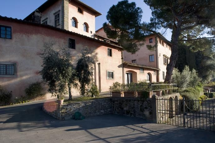 Villa Cristina, Florence - A Tuscan winery with a range of accommodation for 50 guests, romantic gardens and beautiful views.Read More...