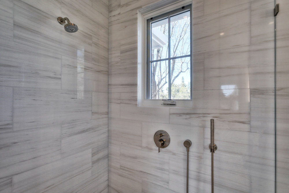 Master Bathroom     4-FULL.jpg
