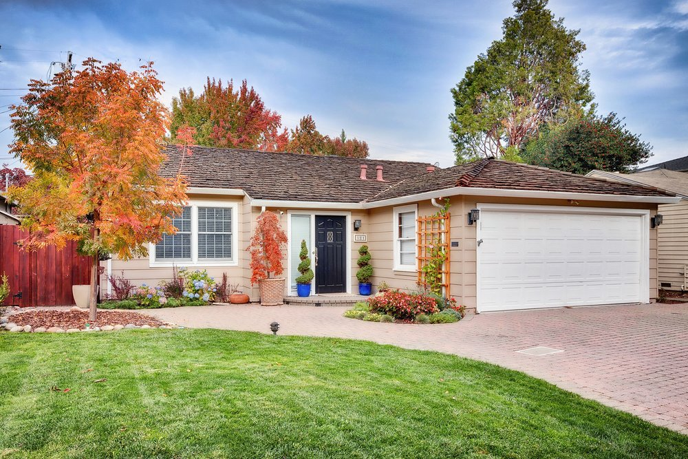 SOLD:  121 Bay Rd, Menlo Park  Charming home in Suburban Park  Offered at $2,099,000