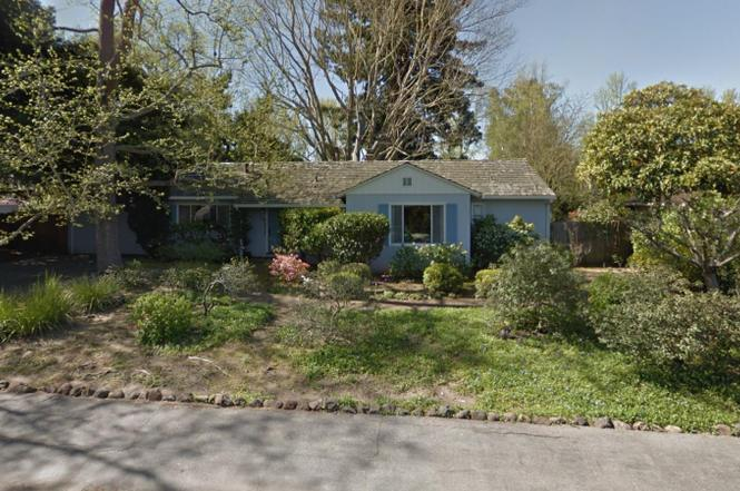 SOLD:   1145 Rosefield Way, Menlo Park  Beautiful lot close to downtown  Offered at $3,350,000 - represented buyer