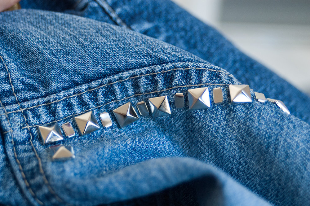 denim-detail-studs02.jpg