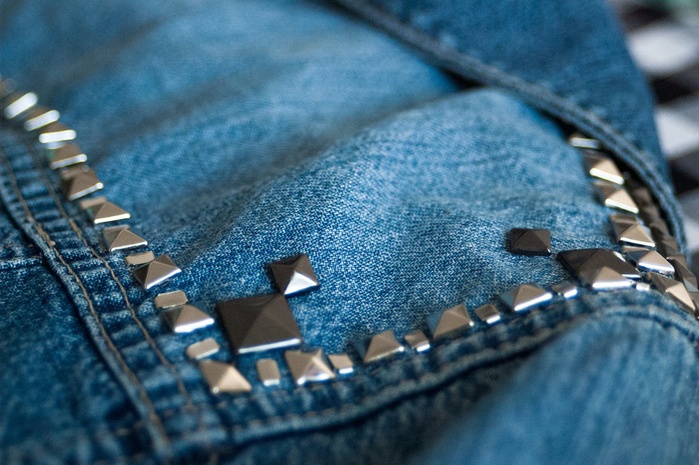 denim-detail-studs01.jpg