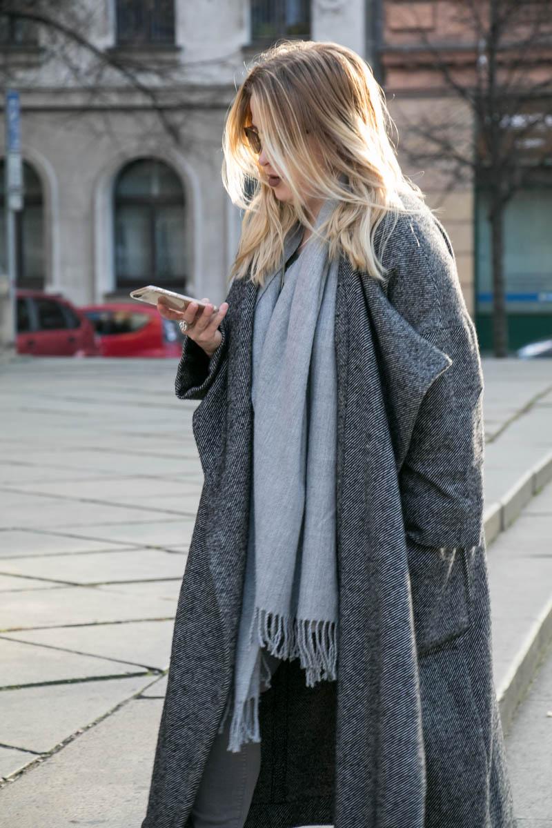 Grey Coat - Šedý kabát