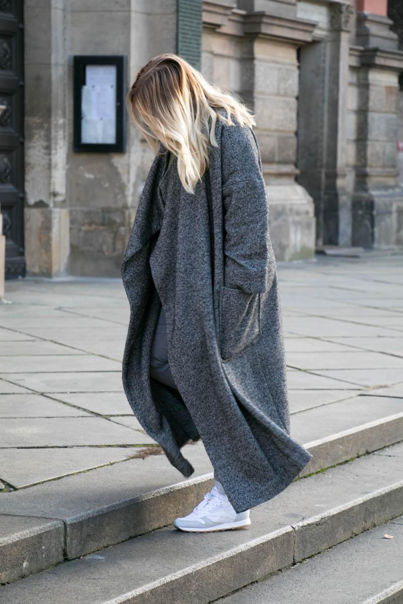 Grey coat-17.jpg