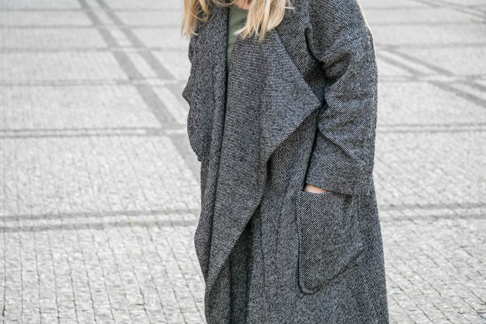 Grey coat-19.jpg