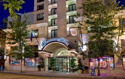 Paramount Hotel Entryway.jpg