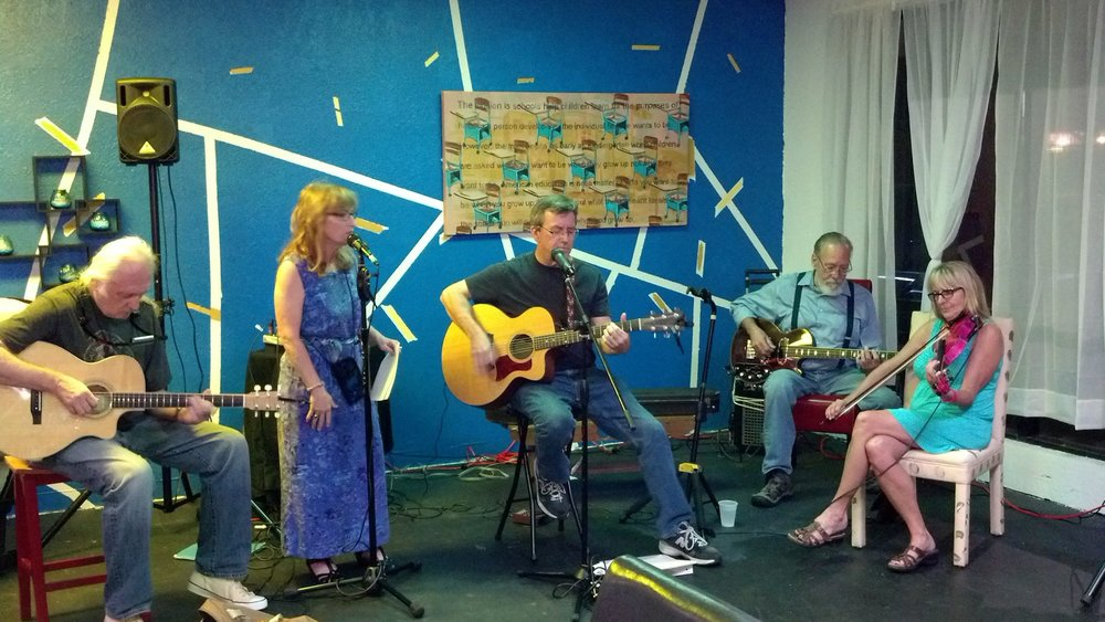 The Joe Milligan Project at Beer and Brownies, Tampa, FL, Sept 8, 2015. (L-R) L.A. Moore, Mandy Frick, Joe Milligan, Russell Roush, Amanda Gerttula