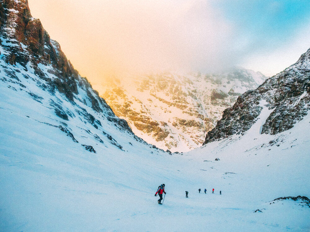 Conquistando la cima del Toubkal | Foto: Ádrián Cano