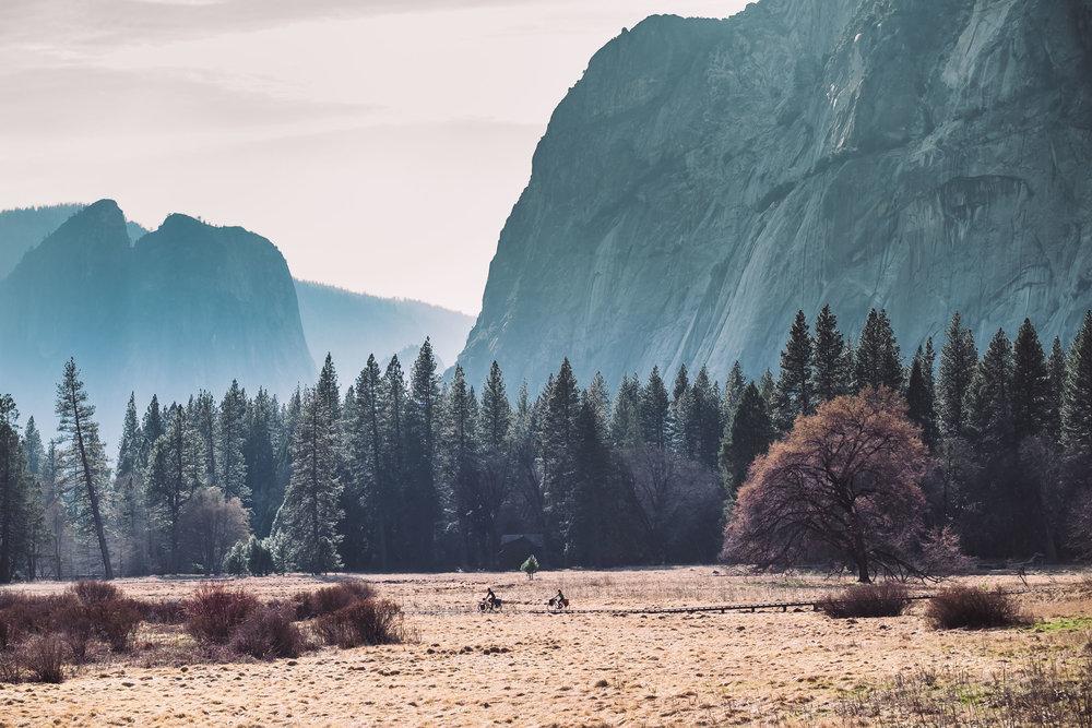 Ciclistas por el parque de Yosemite | Foto: Álvaro Sanz