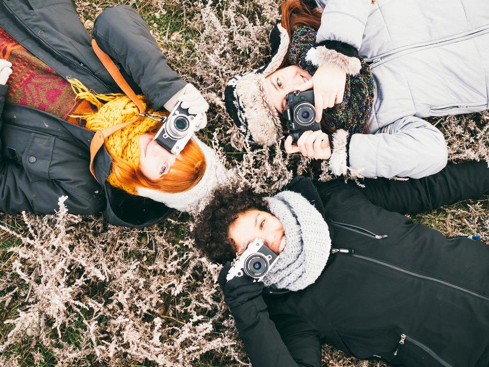 Chicas-Fotografiando-Gallocanta.jpg
