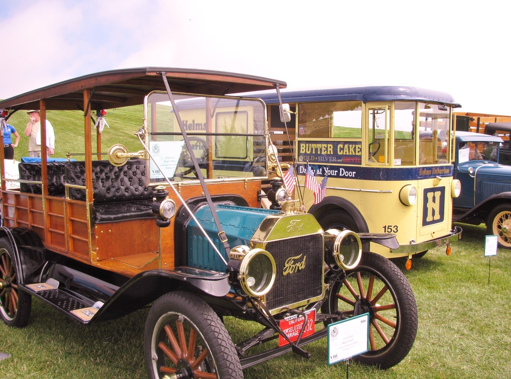 PV Concours 2012, Ford  1917, Helms Bakery. Photo by Kay Finer.JPG