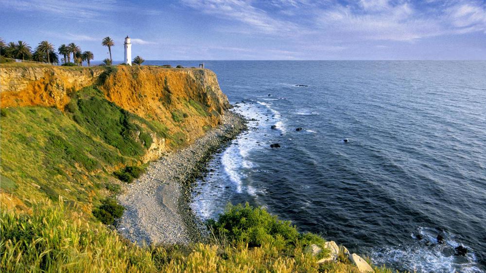 Point-Vicente-Light-Palos-Verdes-California.jpg