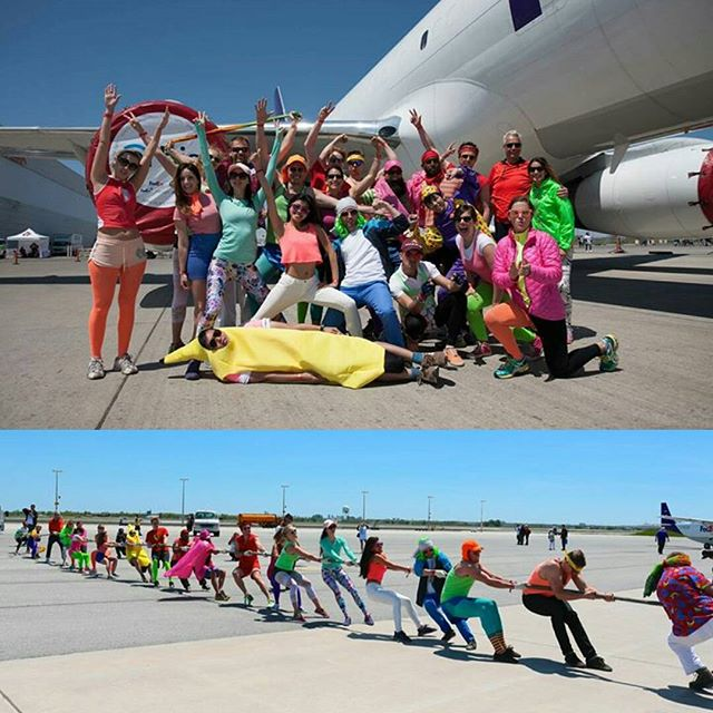 Happy international volunteer day! Last year we pulled a #Fedex Cargo plane and raised $3000 towards ocular health for children in developing countries.  Thanks to all our members for all the community giving you have done! 😘 #volunteer #international #orbis #fun #environment #community