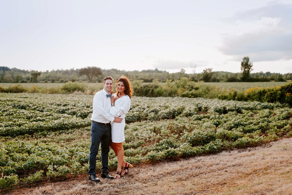 lemon_themed_farm_wedding_01.jpg