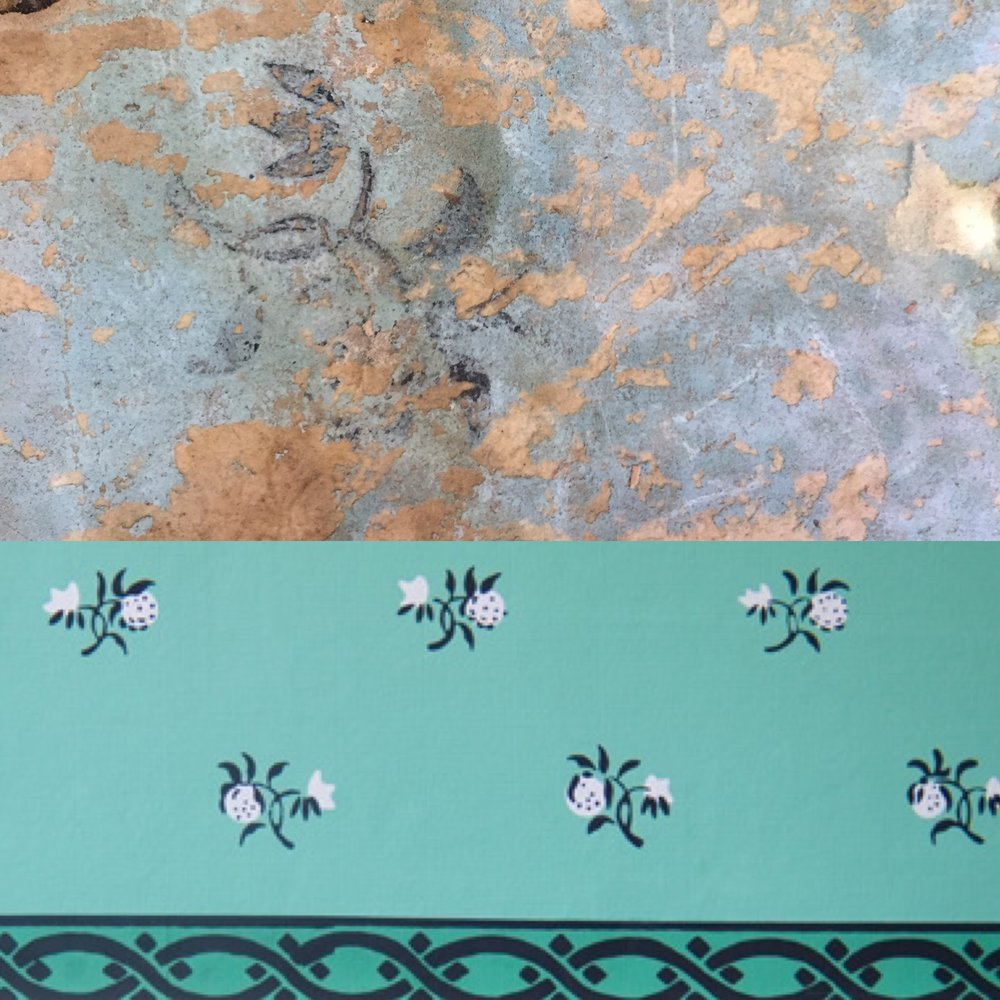 Top: chintz paper in the Berrien House. Bottom: Chintz paper at Mount Vernon.