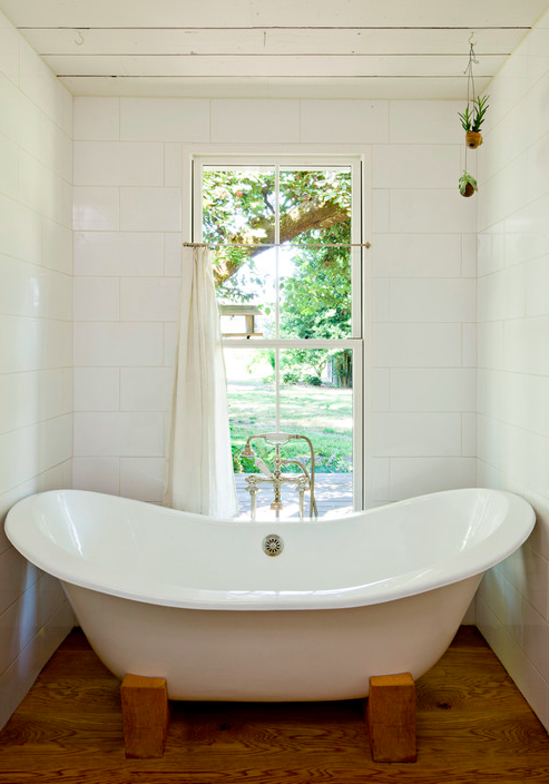 Photo by Jessica Helgerson Interior Design - Look for bathroom pictures