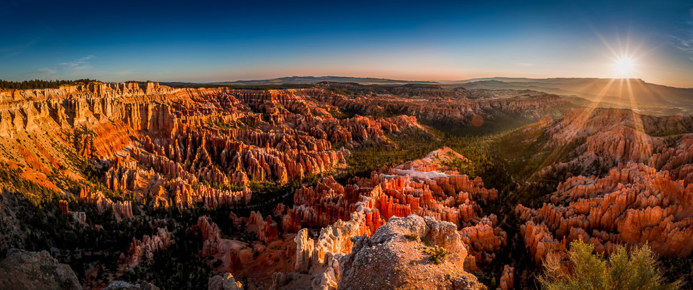 Sunrise at Bryce Canyon National Park