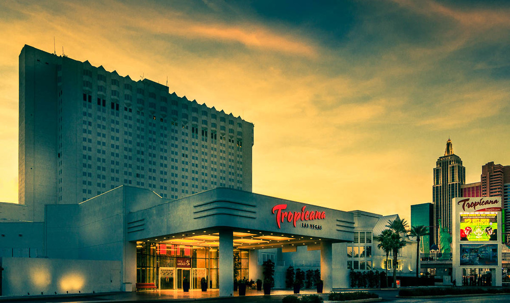 Las Vegas Tropicana.jpg