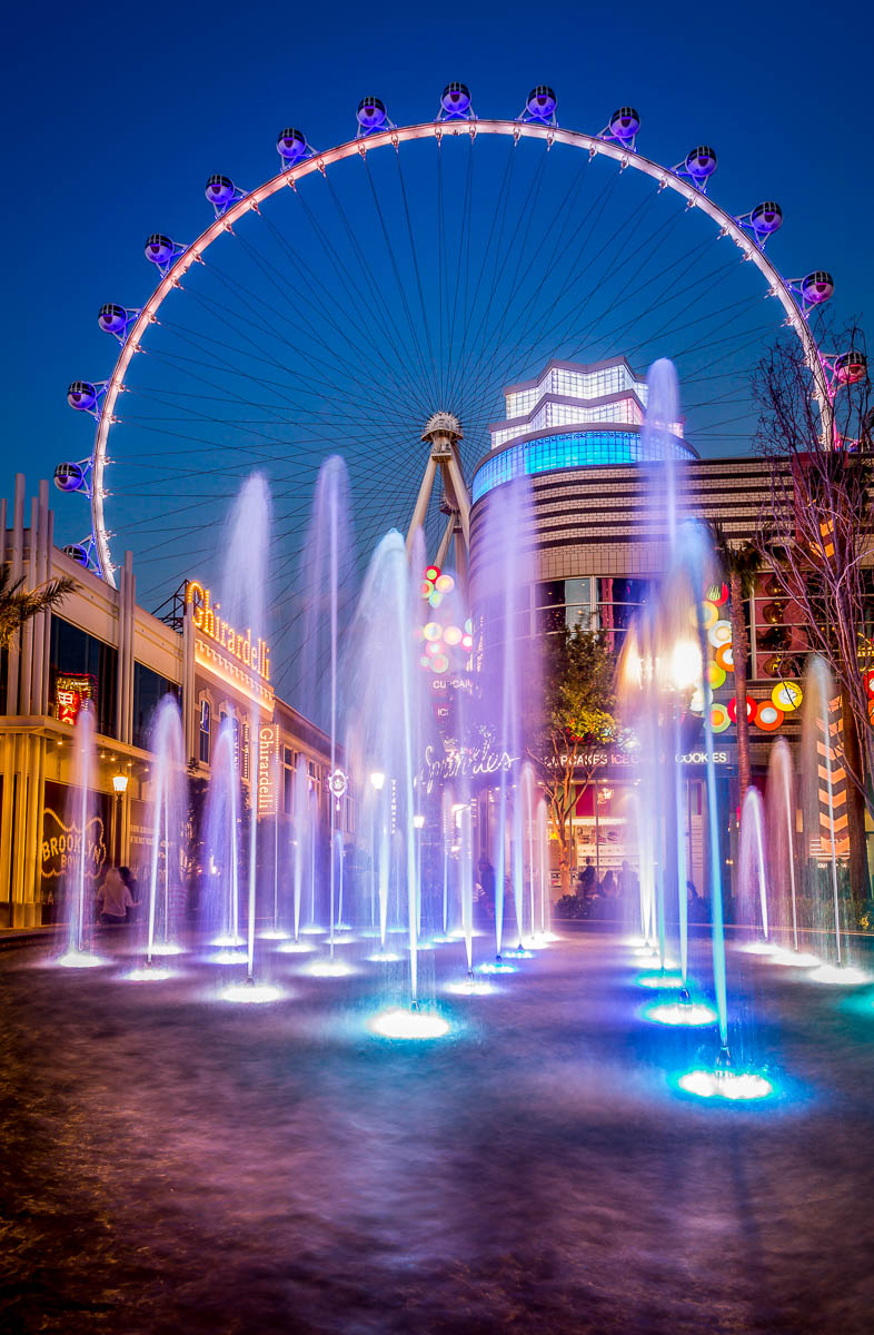 High Roller and Fountains