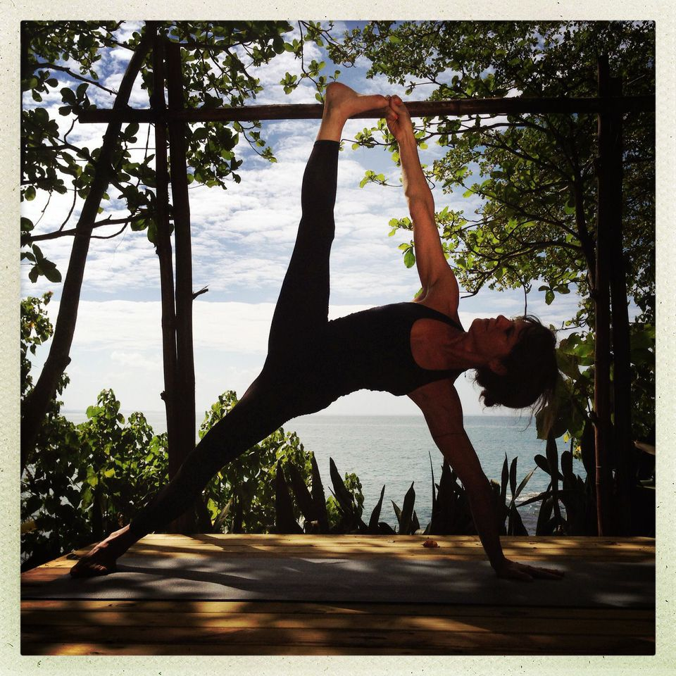 Vashistasana  | Photo: Courtesy Maria Cutrona